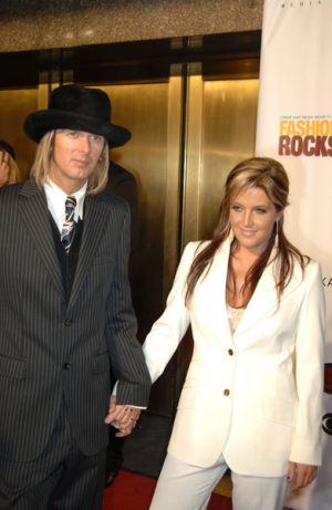 lisa_marie_presley_michael_lockwood_appearance
