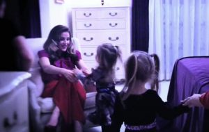 lisa_marie_presley_twins_video_shoot